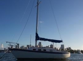 Classic Sailboat 30'