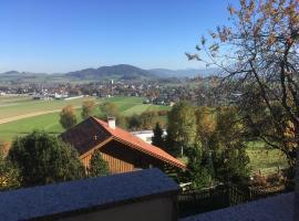 Ferienwohnung mit Aussicht, Kogl (Strass im Attergau yakınında)