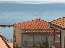 casa Pina, Torre Melissa (Strongoli yakınında)