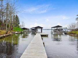 Buddy's Bliss, Lake Haven