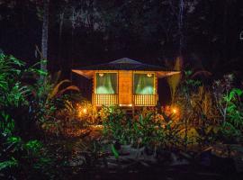 Lirio Lodge, Barra de Pacuare (Jaloba yakınında)