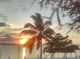 Hotel Sand Bay, Punta Rucia (La Costa de Buen Hombre yakınında)