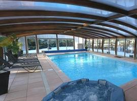 Logis Hotel-Restaurant Spa Le Lac, Embrun