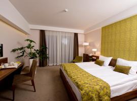 Imola Hotel Platán, Eger