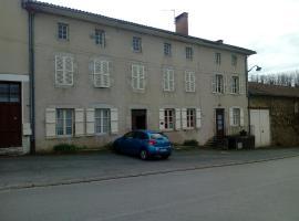 Chambre d'Hôtes Firon, Châlus