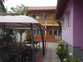 Casa Cu Butoi