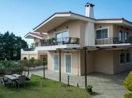 Athenian Riviera Family House, Áyios Yeóryios