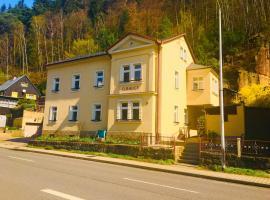 "Apartmentshaus Elbblick Zimmer ""Bergblick"", Bad Schandau (Schmilka yakınında)"