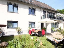 Ferienwohnung Brohltal-Aue, Familie Birnberg, Burgbrohl (Wassenach yakınında)