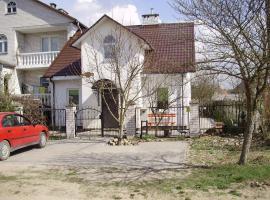 Guest house on Vasilievskaya street, Brest (Cherni yakınında)