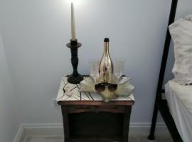 Master Suite at Broadleigh House by Harry Albert, Ноттингем (рядом с городом Thrumpton)