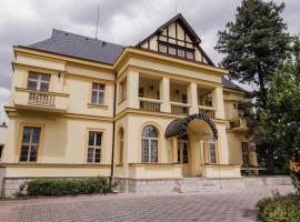 Hotel Palace Cinema, Jíloviště (Líšnice yakınında)