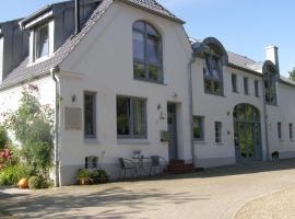 Schnogholmer Hof, Niesgrau (Steinberg yakınında)
