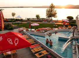 Velence Spa Lake Apartman, Веленце