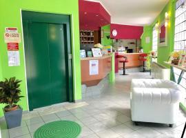 Green Hotel, Poviglio (Praticello di Gattatico yakınında)