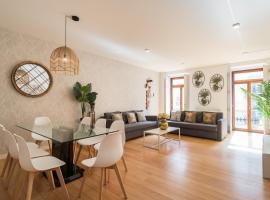 Chiado Modern Three-Bedroom Apartment - by LU Holidays