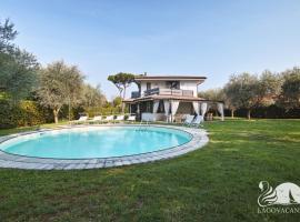 Luxury Villa Bianca, Montinelle
