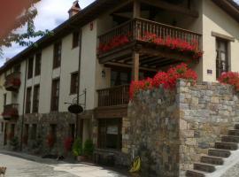 Casa Fidela, Lomeña (Lerones yakınında)