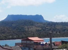 La Manzana, Baracoa (La Playa yakınında)