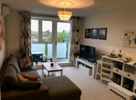 Spacious and charming 1bed flat near Wimbledon, Raynes Park