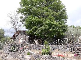 Un rifugio sull'Etna, Ragalna (Villa Milia yakınında)