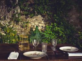 La Cena di Pitagora Vegan, Ponte Nizza (Serra del Monte yakınında)