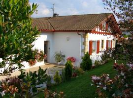 maison Florenia, Caro (рядом с городом Saint-Michel)