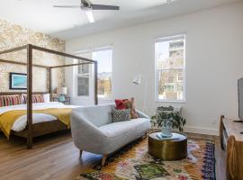 Charming Little Italy Suites by Sonder