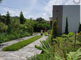 My homestay, Maluk (рядом с городом Lemonga)