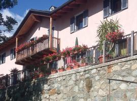 la casa rosa, Gignod (Roisan yakınında)
