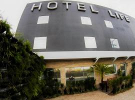 Hotel Life, Canoas