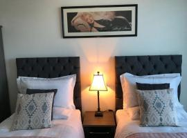 Luxury 2 Bedroom Apartment in Prime City Location