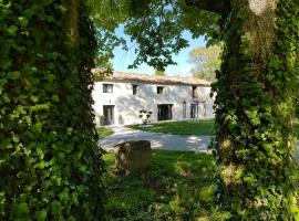 Les cles du bonheur, Saint-Sernin-lès-Lavaur (рядом с городом Blan)
