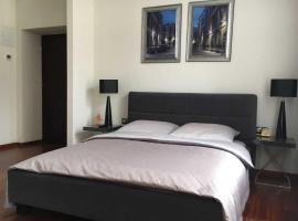 Luxury Room Well Located