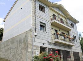 Apartamentos Monasterio, Сан-Мартин-де-Кастаньеда (рядом с городом Рибаделаго)