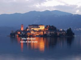 Villa Monziani, exclusive island lakeside villa, Orta San Giulio (San Maurizio d'Opaglio yakınında)