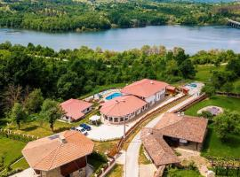 Family Hotel KrisBo, Donkovtsi (Drenta yakınında)