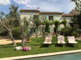 Villa - Arles, Moulès