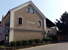 Pension Verona, Nový Bor (Kamenický Šenov yakınında)