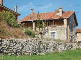 Three-Bedroom Holiday Home in Cabrales, Canales