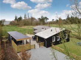 Three-Bedroom Holiday Home in Hemmet, Hemmet