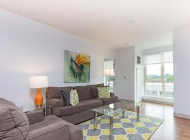 Bluebird Suites at Olmsted Park