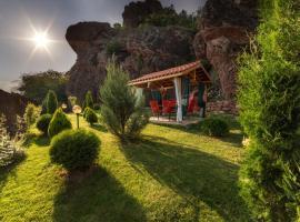 Villa Kada, Falkovets