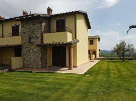 Villa Tramonto, Todi (Due Santi yakınında)