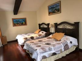 Beautiful Loft inside Gated Community!!, Сан-Кристобаль-эль-Бахо (рядом с городом Сьюдад-Вьеха)