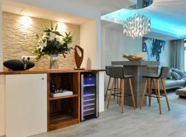 Luxury apartment in La Isla, Puerto Banus