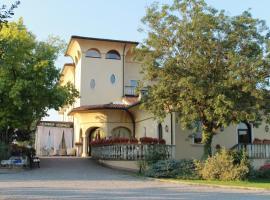 Villa Belvedere 1849, Misano di Gera d'Adda (Torlino Vimercati yakınında)