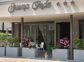 Hotel Buena Onda
