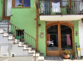 Casa del Popolo, Lessolo (Vico Canavese yakınında)