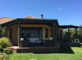 Casa Rapel, Lago Rapel